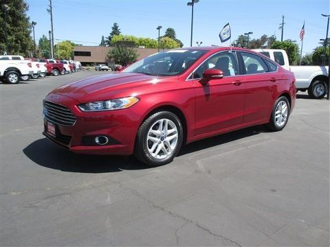 2014 Ford Fusion SE Sedan for sale in Bakersfield for $21,585 with 29,753 miles