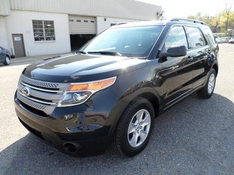2013 Ford Explorer Base SUV for sale in Dexter for $27,900 with 24,546 miles.