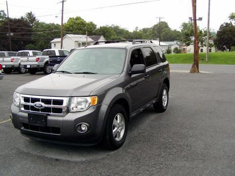 2011 Ford Escape XLT SUV for sale in Charles Town for $18,995 with 21,416 miles.