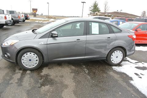 2013 Ford Focus SE Sedan for sale in Canton for $18,990 with 20,193 miles.