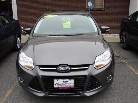 2012 Ford Focus SEL Sedan for sale in Mechanicville for $15,990 with 17,074 miles.