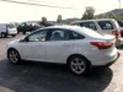 2013 Ford Focus SE Sedan for sale in Hardwick for $17,995 with 31,795 miles.