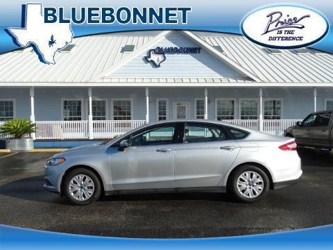 2014 Ford Fusion S Sedan for sale in New Braunfels for $19,495 with 17,830 miles