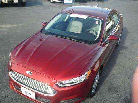 2014 Ford Fusion S Sedan for sale in Dunn for $18,995 with 20,061 miles.
