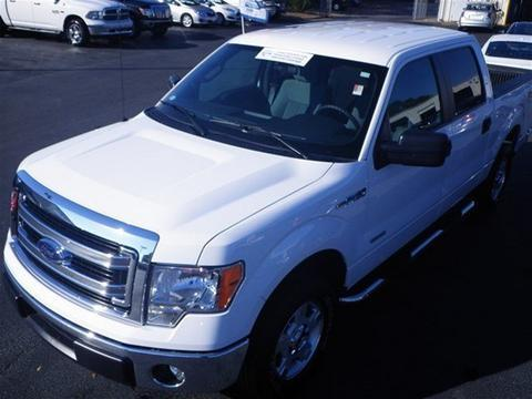 2014 Ford F150 XLT Crew Cab Pickup for sale in Dunn for $30,000 with 18,400 miles.