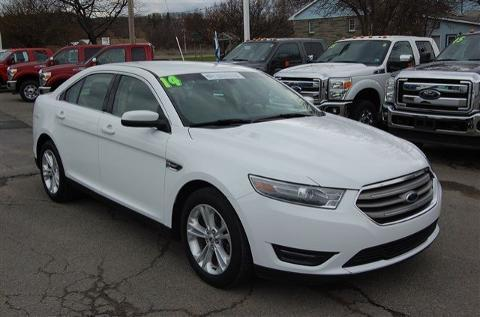 2014 Ford Taurus SEL Sedan for sale in Mansfield for $23,995 with 30,464 miles