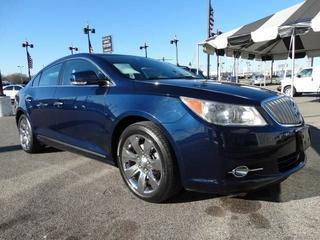 2010 Buick LaCrosse Sedan for sale in Memphis for $17,600 with 71,848 miles.