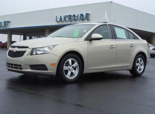 2012 Chevrolet Cruze Sedan for sale in Warsaw for $12,990 with 39,710 miles.