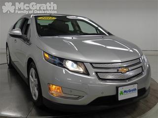 2012 Chevrolet Volt Base Hatchback for sale in Cedar Rapids for $22,998 with 19,425 miles.