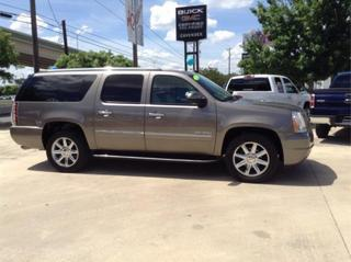 2012 GMC Yukon XL SUV for sale in San Antonio for $44,495 with 60,762 miles.