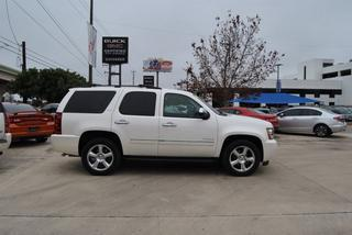 2013 GMC Yukon XL SUV for sale in San Antonio for $43,995 with 48,304 miles