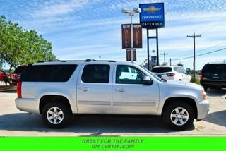 2013 GMC Yukon XL SUV for sale in San Antonio for $36,995 with 24,704 miles.
