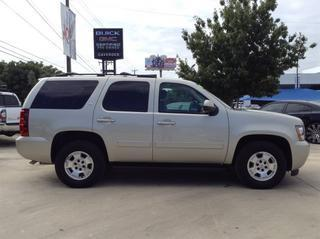 2014 Chevrolet Tahoe SUV for sale in San Antonio for $35,995 with 17,498 miles.