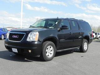 2014 GMC Yukon XL SUV for sale in Fargo for $43,999 with 10,316 miles.