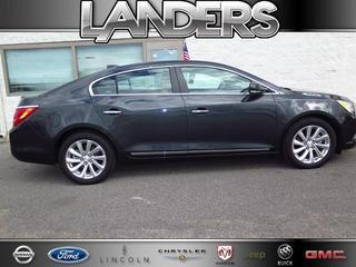 2015 Buick LaCrosse Sedan for sale in Southaven for $30,995 with 19,785 miles