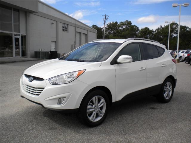 2013 Hyundai Tucson GLS SUV for sale in Enterprise for $24,990 with 14,987 miles.
