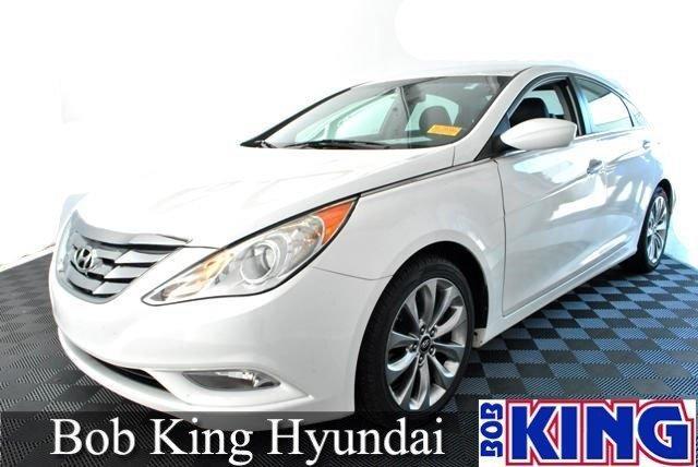 2011 Hyundai Sonata SE Sedan for sale in Winston Salem for $18,988 with 38,108 miles