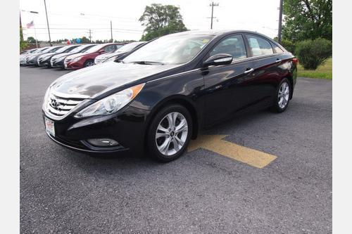 2013 Hyundai Sonata Limited Sedan for sale in Winchester for $19,000 with 42,255 miles.