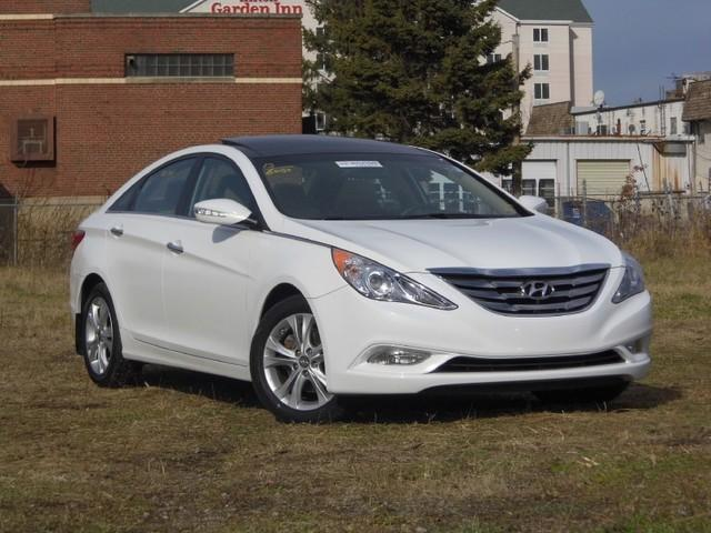 2012 Hyundai Sonata Limited Sedan for sale in Springfield for $17,999 with 27,152 miles.