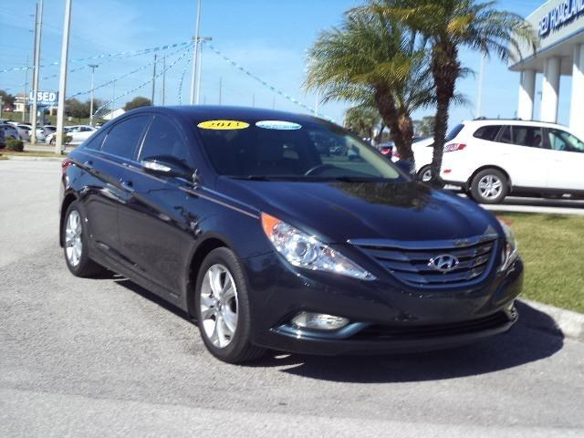 2013 Hyundai Sonata Limited Sedan for sale in Winter Haven for $20,940 with 25,563 miles.