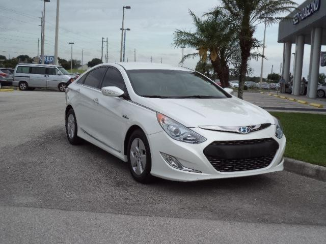2012 Hyundai Sonata Hybrid Base Sedan for sale in Winter Haven for $17,950 with 44,841 miles