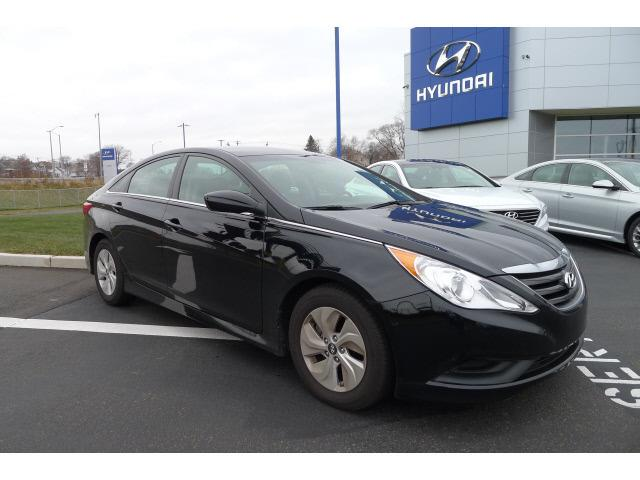2014 Hyundai Sonata GLS Sedan for sale in New Haven for $16,995 with 17,223 miles.