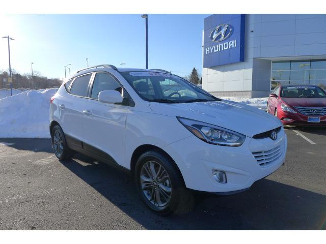 2014 Hyundai Tucson SE SUV for sale in New Haven for $23,995 with 14,308 miles.