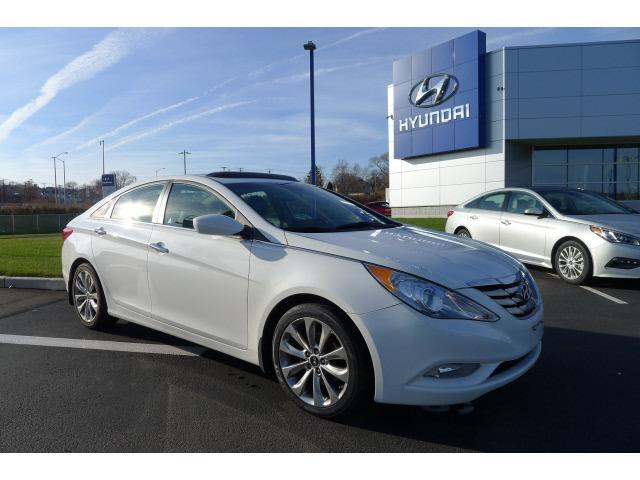 2012 Hyundai Sonata SE Sedan for sale in New Haven for $17,995 with 38,636 miles.