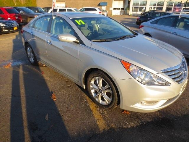 2011 Hyundai Sonata Limited Sedan for sale in Huntington for $14,800 with 58,589 miles.