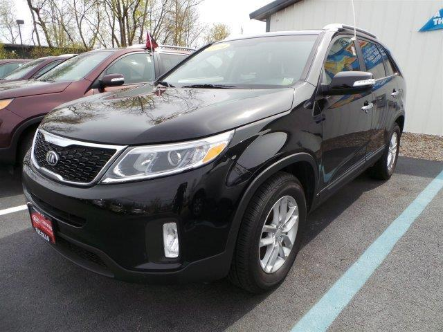 2014 Kia Sorento SUV for sale in Schenectady for $24,899 with 10,857 miles.