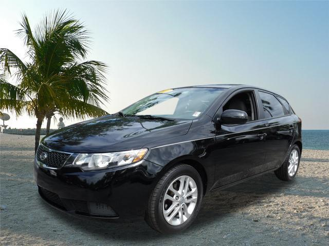 2012 Kia Forte EX Hatchback for sale in FORT PIERCE for $13,900 with 50,695 miles