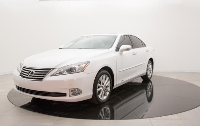 2012 Lexus ES 350 Base Sedan for sale in Wichita for $32,950 with 17,043 miles.