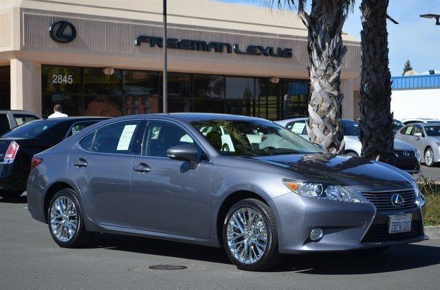 2013 Lexus ES 350 Base Sedan for sale in Santa Rosa for $34,475 with 29,472 miles.