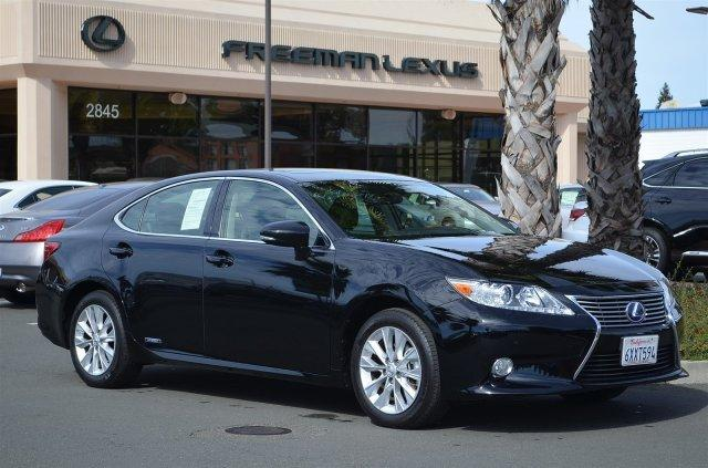 2013 Lexus ES 300h Base Sedan for sale in Santa Rosa for $37,975 with 22,617 miles.