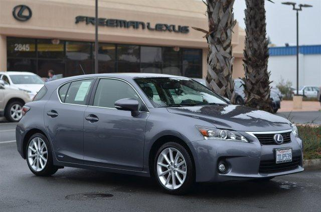 2013 Lexus CT 200h Premium Hatchback for sale in Santa Rosa for $28,975 with 6,546 miles.
