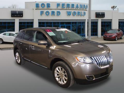2012 Lincoln MKX Base SUV for sale in Girard for $29,500 with 24,495 miles.