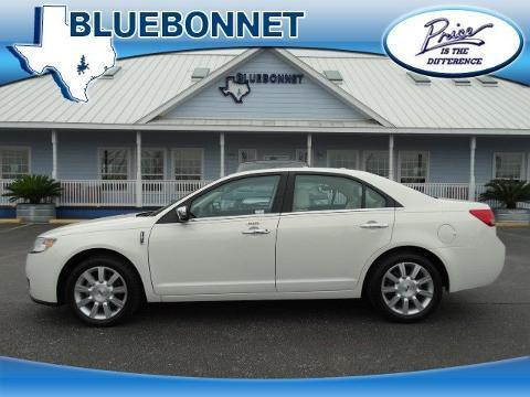 2012 Lincoln MKZ Base Sedan for sale in New Braunfels for $21,495 with 22,677 miles