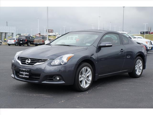 2013 Nissan Altima 2.5 S Coupe for sale in Temple for $19,995 with 21,884 miles.