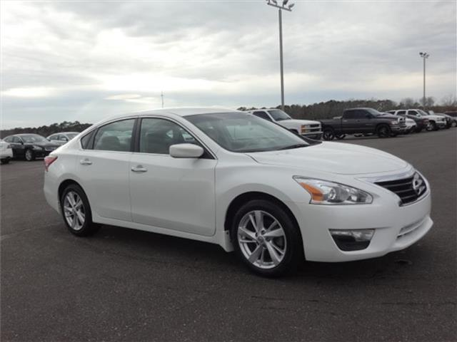 2013 Nissan Altima 2.5 SV Sedan for sale in Enterprise for $18,310 with 38,107 miles.