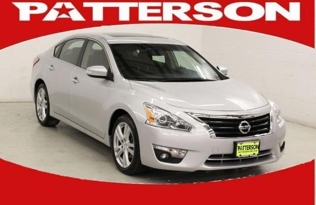 2013 Nissan Altima 3.5 SV Sedan for sale in Longview for $24,999 with 26,304 miles