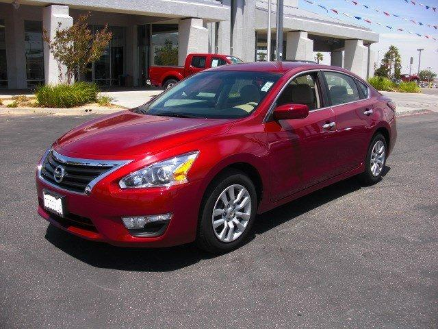 2014 Nissan Altima 2.5 S Sedan for sale in Palmdale for $17,779 with 19,275 miles.