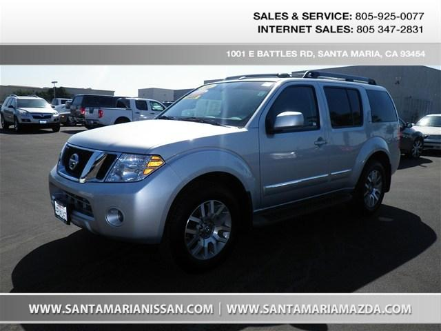 2011 Nissan Pathfinder SUV for sale in Santa Maria for $26,995 with 22,961 miles.