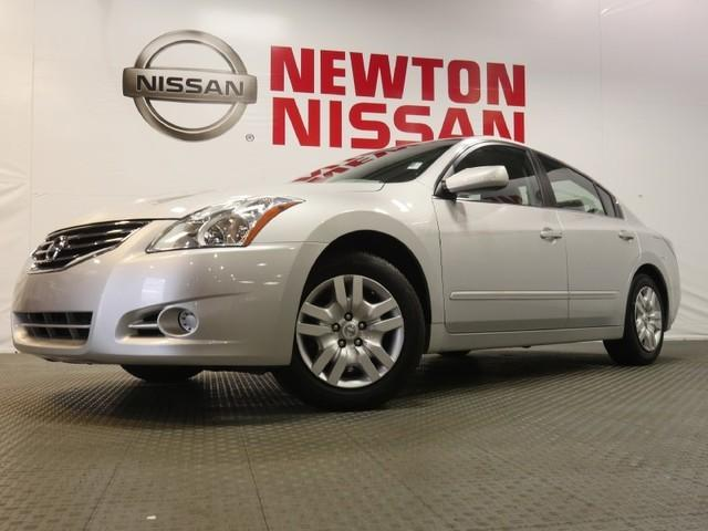 2012 Nissan Altima 2.5 S Sedan for sale in Gallatin for $15,981 with 60,101 miles.