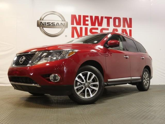 2014 Nissan Pathfinder SL SUV for sale in Gallatin for $31,981 with 18,970 miles.
