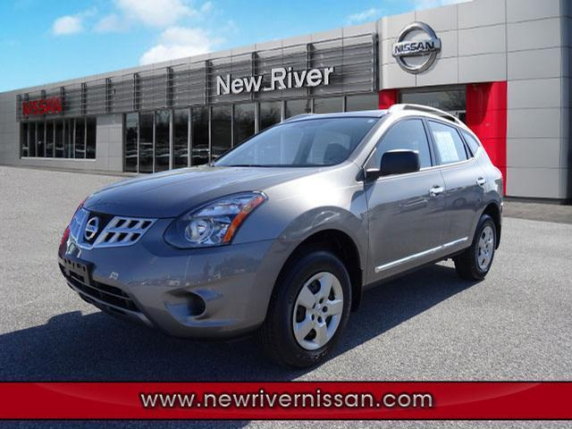 2014 Nissan Rogue Select S SUV for sale in Christiansburg for $22,450 with 1,815 miles