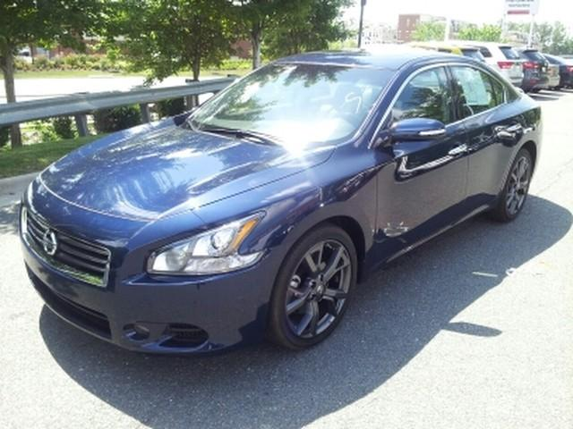 2014 Nissan Maxima SV Sedan for sale in Richmond for $26,995 with 6,703 miles.
