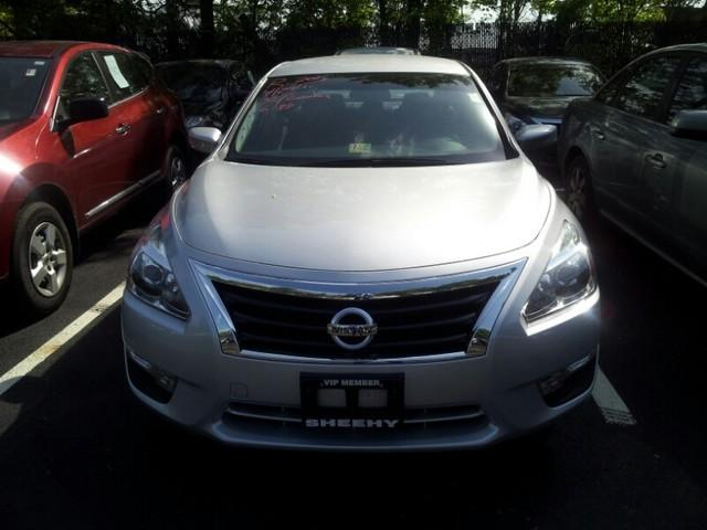 2013 Nissan Altima 2.5 S Sedan for sale in Richmond for $15,990 with 16,188 miles.