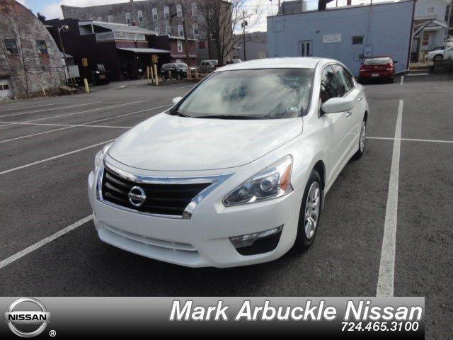 2013 Nissan Altima 2.5 S Sedan for sale in Indiana for $15,990 with 37,584 miles
