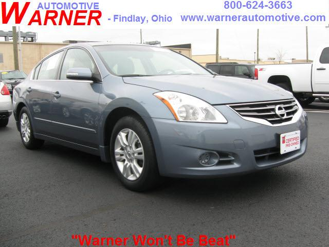 2011 Nissan Altima 2.5 SL Sedan for sale in Findlay for $16,998 with 34,596 miles.