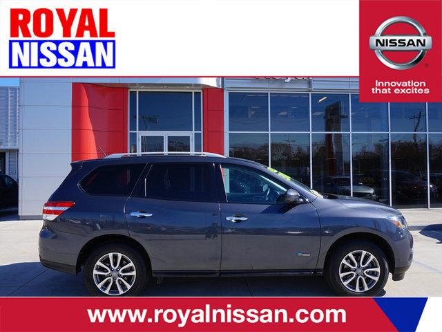 2014 Nissan Pathfinder Hybrid SV SUV for sale in Baton Rouge for $28,000 with 17,545 miles